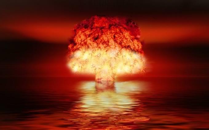 טריווית אישיים יהודיים: פיצוץ אטומי