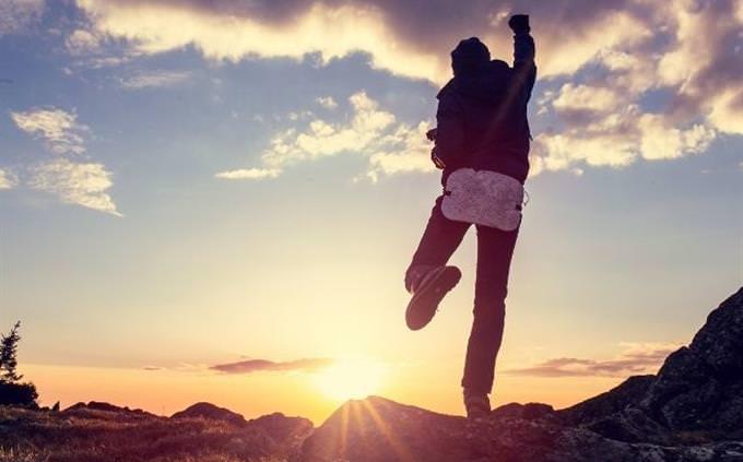 מבחן אישיות: גבר קופץ לשמיים