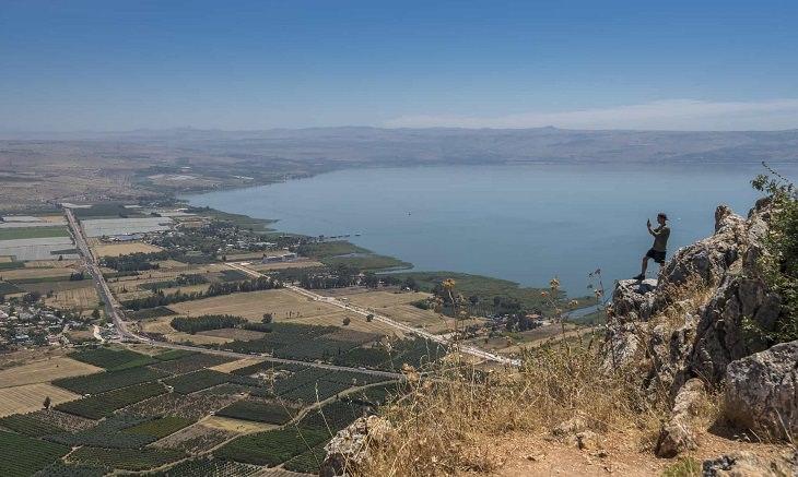 מפה שימושית לטיול באתרי הטבע בישראל: תצפית על ים כנרת