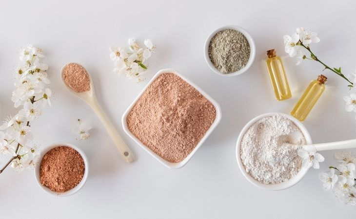 שגרת טיפוח טבעית: אבקות טיפוח