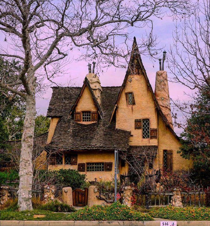 תמונות מהמציאות שנראות כאילו נלקחו מסרטים: בית שנראה כמו מהסרטים