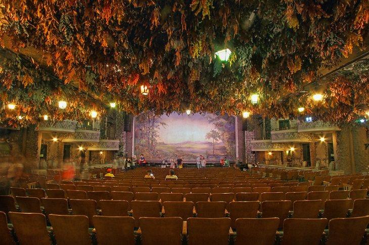 אולמות התאטרון היפים בעולם: תיאטרון ווינטר גארדן
