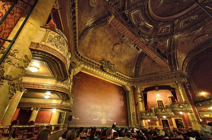 אולמות התאטרון היפים בעולם: תיאטרון אלג'ין
