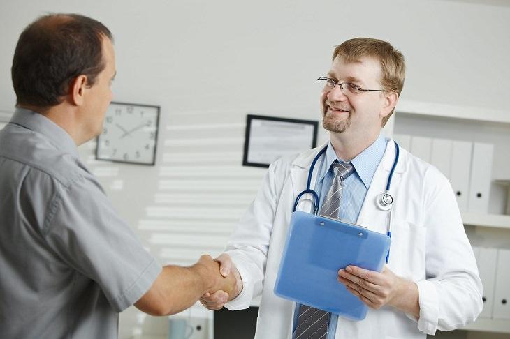 מעבר בין קופות חולים: רופא ומטופל
