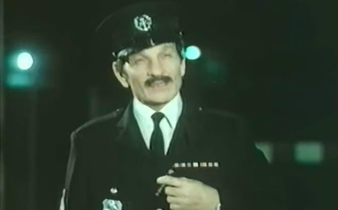 מבחן נוסטלגיה: השוטר אזולאי