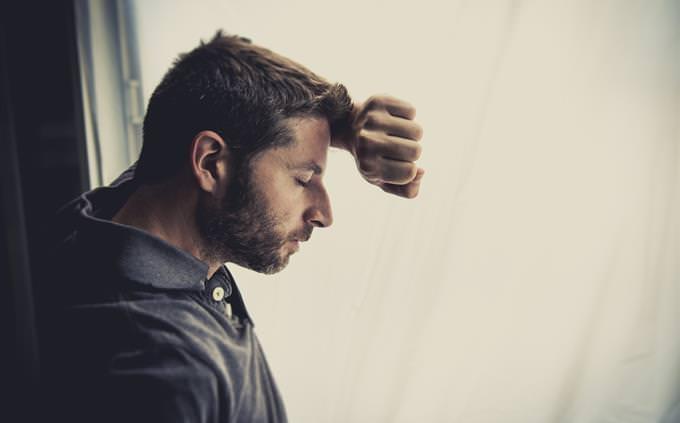 מבחן אישיות על התת מודע: גבר מדוכא