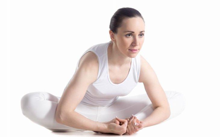 תרגילי ין יוגה מומלצים: תנוחת פרפר