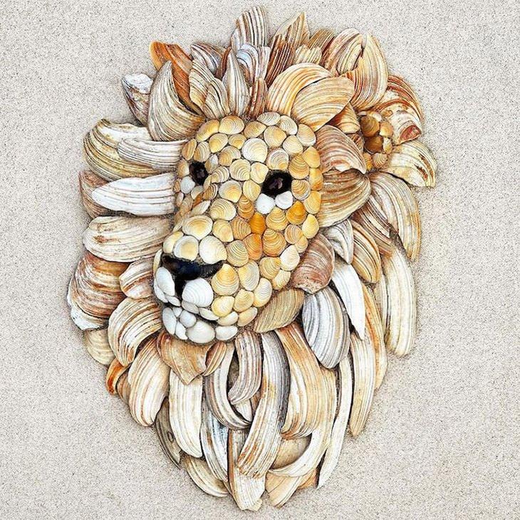 פסיפסים של בעלי חיים מצדפים: אריה