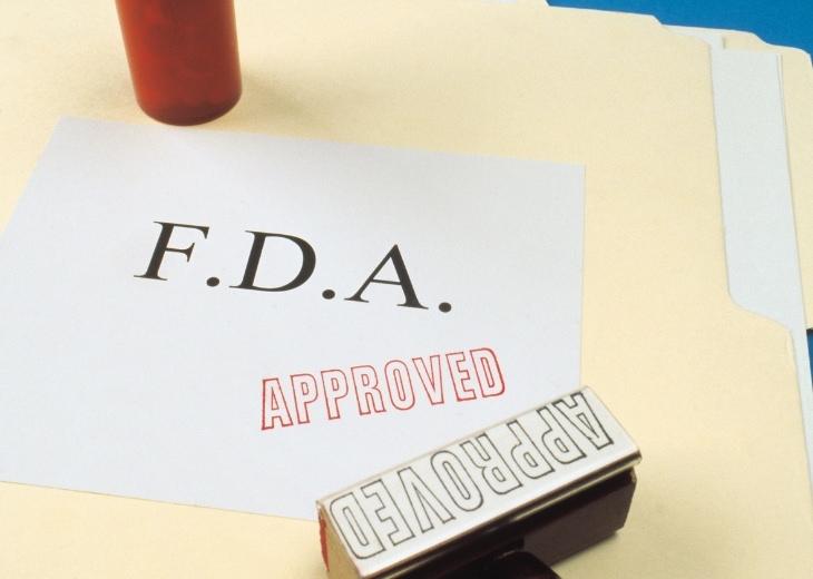 """פתרונות חדשים לטיפול באלצהיימר: חותמת של ה-FDA ו""""מאושר"""" על תיקיית מסמכים"""