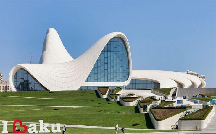 מוזיאונים יפים ברחבי העולם: מרכז היידר אלייב, אזרבייג'אן