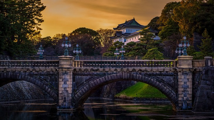 ארמונות במזרח הרחוק: הארמון הקיסרי של טוקיו, יפן
