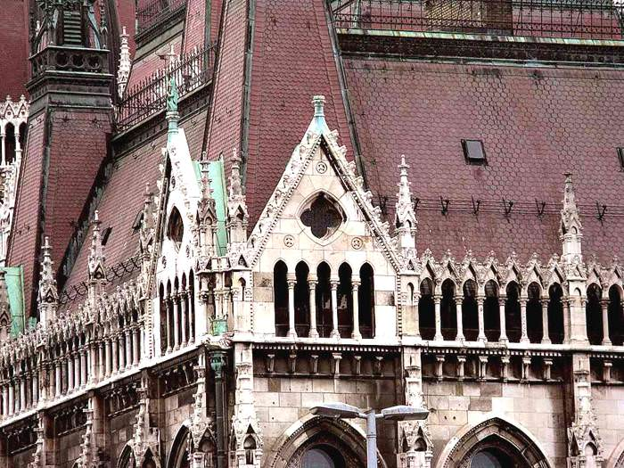 הפרלמנט ההונגרי בבודפשט - מופת ארכיטקטורי
