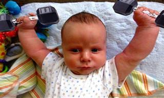 סרטון של תינוקות שהיו יכולים להיות מדריכי כושר נהדרים
