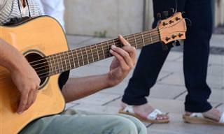 20 להיטים ספרדיים אהובים ובלתי נשכחים להאזנה ישירה