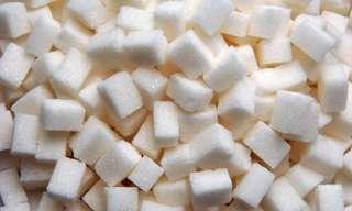 יותר מדיי סוכר: מה זה עושה לגוף ולמוח?