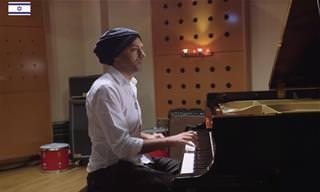11 נגני פסנתר מכל העולם התאחדו כדי לנגן יצירה אהובה אחת!