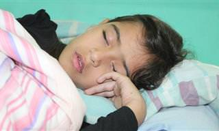 8 טיפים שיעזרו לכם להעיר את הילדים שלכם בבוקר
