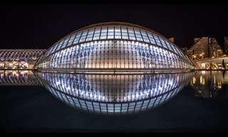 28 פלאי אדריכלות אירופיים בלילה