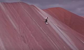 האיש שעושה סקי בכל מקום מלבד בשלג