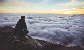 8 טעויות שמרחיקות את היכולת לחיות חיים מאושרים