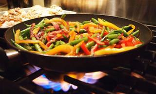 המדריך השלם להכנת אוכל מוקפץ מעורר תיאבון ב-6 שלבים פשוטים