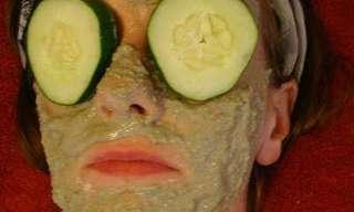 איך להכין מסכת פנים זולה ויעילה