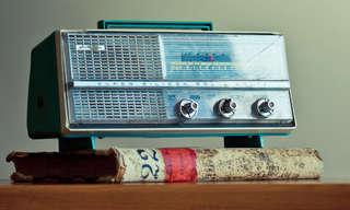 אוסף תסכיתים להאזנה ישירה