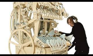מכונת הגולות - תיבת הנגינה המדהימה שכבשה את האינטרנט בסערה