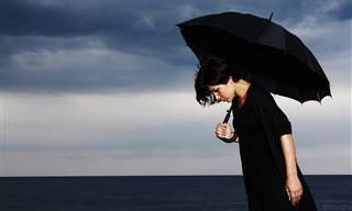 יונים חיוביים ושליליים – מה הם ואיך הם משפיעים על אסתמה ודיכאון?
