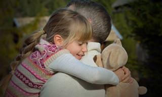 """גישתה של ד""""ר מונה דלאהוקי לשיפור התנהגות ילדיכם"""