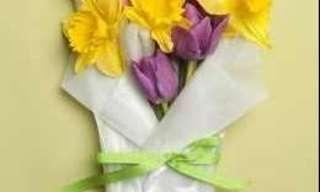 כיצד להכין זר פרחים חגיגי בקלות?