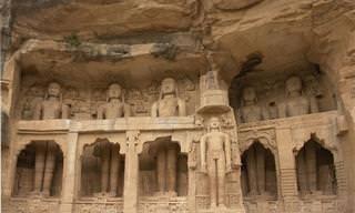 11 הפסלים המרשימים ביותר שנחצבו ישירות על הטבע