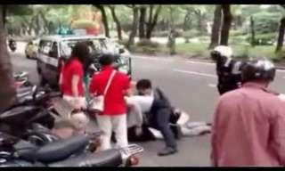 אל דאגה המשטרה בדרך - לא יאמן!