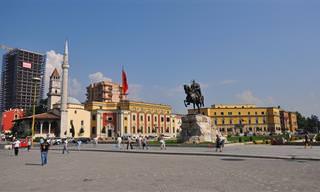 11 אטרקציות ואתרים שווים בטירנה, בירת אלבניה