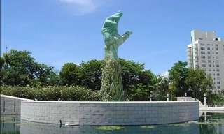 אנדרטת הזיכרון לשואה בפלורידה - פיסול סביבתי מרגש