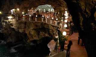 לאכול במערה עם נוף לים