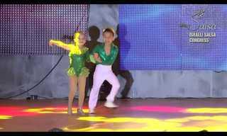 אלופי העולם בריקודי סלסה לגילאי 6-7