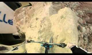 רכיבת אופניים במדרון תלול, מזווית הרוכב!