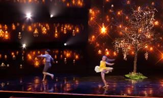 רקדנים צעירים במחול מודרני מרגש שיותיר אתכם המומים