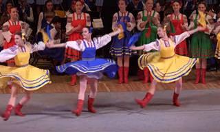 ריקוד העלמה - מופע מחול רוסי נפלא של ילדות מוכשרות