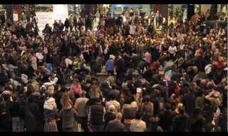 ריקוד פלאש-מוב בסגנון יהודי!