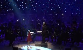 היא רק בת 12, אבל הכנרית הישראלית הזו מנגנת כמו הגדולים!