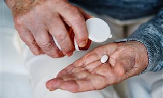 """תמונות מצב עדכנית על מגיפת ההתמכרות למשככי כאבים בארה""""ב"""