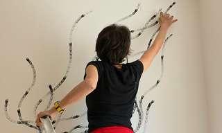 האמנית שמציירת עם האצבעות