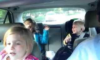 רפסודיה בוהמית בדרך לבית הספר