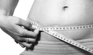 5 טריקים מוזרים שעוזרים לרדת במשקל
