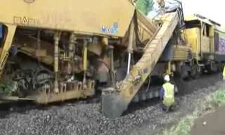 כך בונים פסי רכבת
