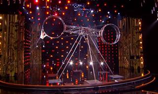 מופע אקרובטי מדהים של אמן מיוחד במינו