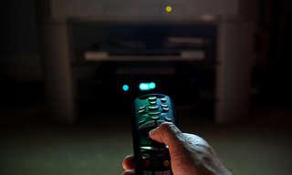 מדריך להעברת תצוגת המחשב למסך הטלוויזיה