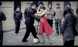 שילוב מדהים בין מה שמניע את ארגנטינה - טנגו וכדורגל!